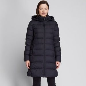 Uniqlo ultra light down hooded parka jacket